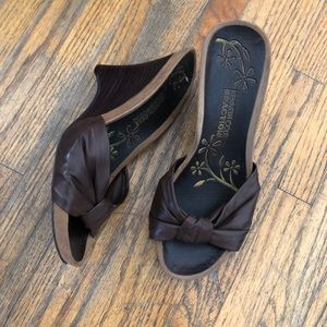 Kenneth Cole reaction heels size 6